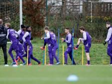 Deux footballeurs pros sur trois veulent s'entraîner dans leur club en Belgique