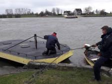 Storm maakt van Rijn harde grens