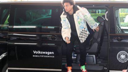 FT buitenland. Rayo Vallecano ontslaat trainer - Van der Gaag stapt op bij NAC Breda - Sané duikt op bij Mannschaft in outfit van 25.000 euro