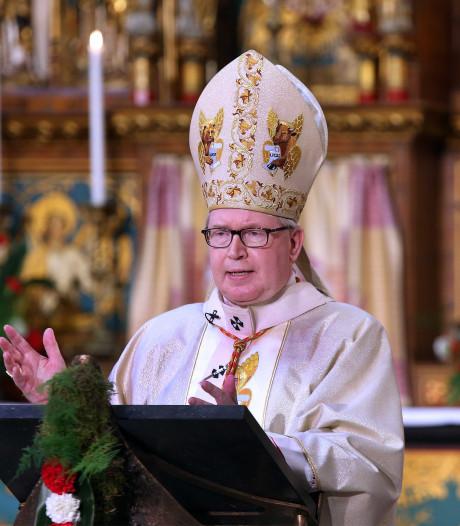 Kardinaal Eijk is hoge gast in Luttenberg