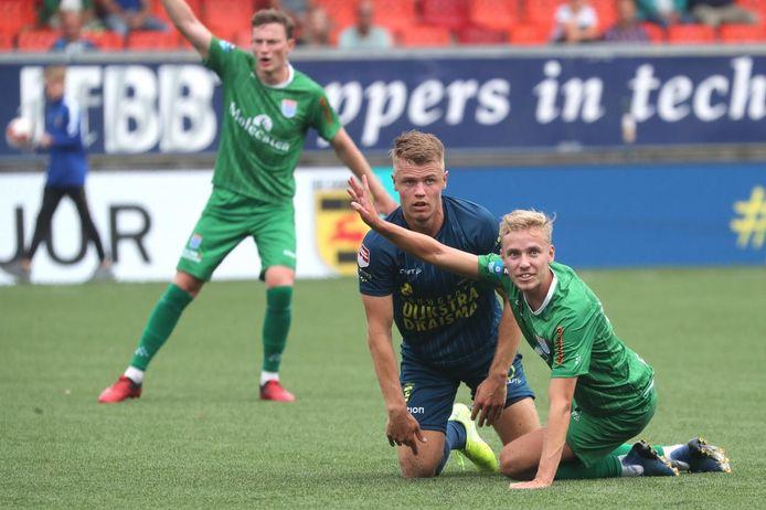 PEC Zwolle kon zaterdag in Leeuwarden niet voorkomen dat SC Cambuur er met de winst vandoor ging.