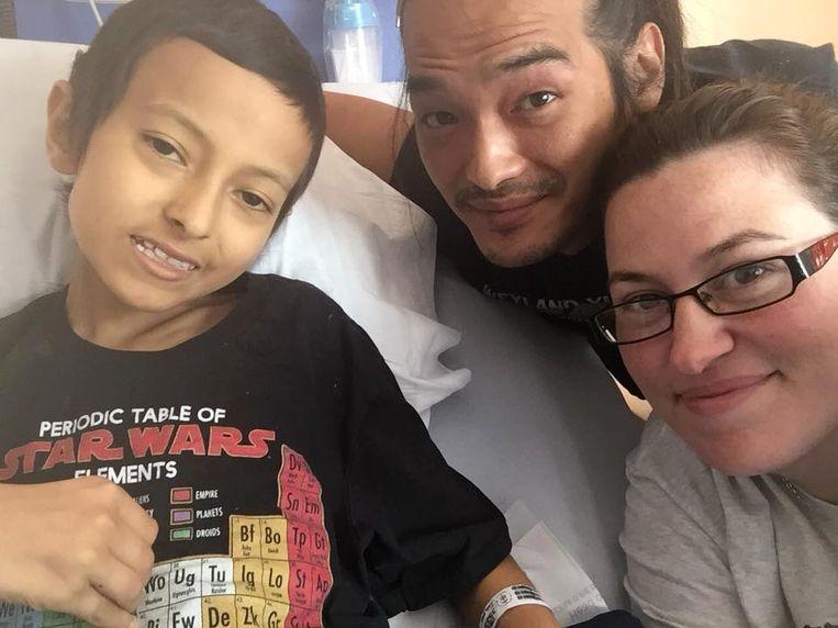 Wes met zijn ouders.