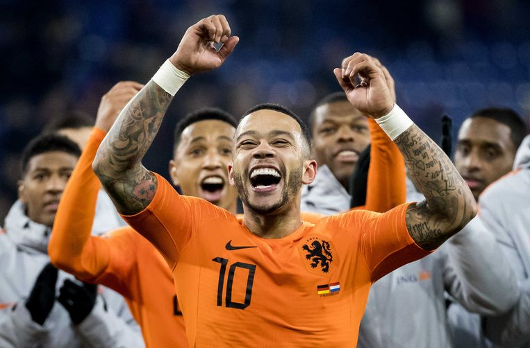 Voetballer Mephis Depay speelt in juni met Oranje in de Nations League Beeld ANP