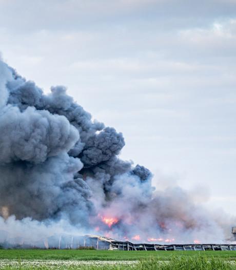 Politie dreigt verdachte: Meld je, of beelden van brandstichting worden vrijgegeven
