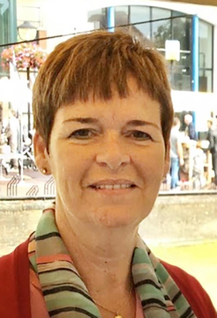 Mireille Louwerens stapt over van de Hoeksche Waardse Senioren Partij naar Lokalen Hoeksche Waard.