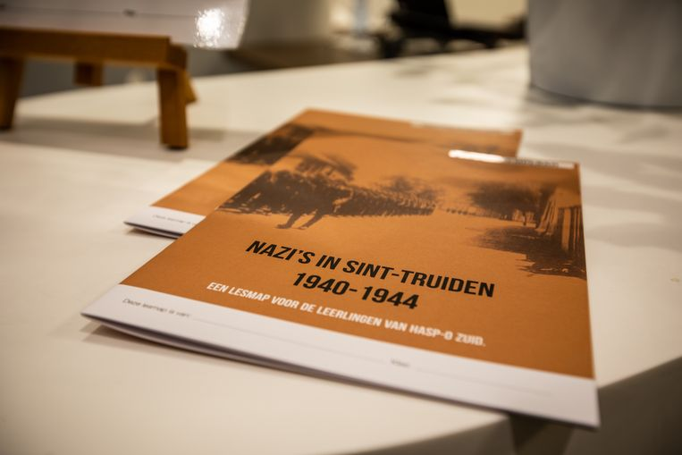 De school presenteert ook de lesmap 'Nazi's in Sint-Truiden' die zij met steun van Erfgoed Haspengouw in samenwerking met het Rijksarchief speciaal voor hun leerlingen hebben ontwikkeld.