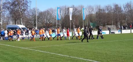 Derby Steenbergen tegen RBC gestaakt na vechtpartij