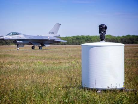 Vliegbases Gilze-Rijen en Woensdrecht krijgen superluxe vogelradar: kosten 7 miljoen euro