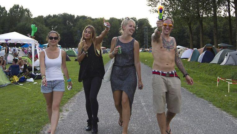 Festivalgangers vandaag op de camping van Lowlands. Beeld anp