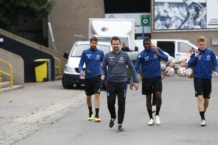 Ivan Leko leidde vanochtend weer de training van Club Brugge. Zijn voormalig manager zit nog vast.