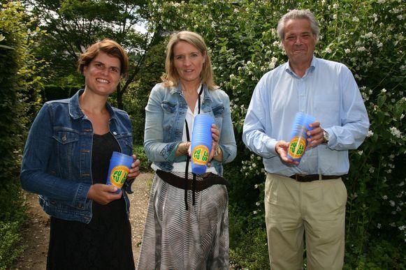 Milieuschepen Frederic van Haaren, cultuurschepen An Stokmans en Lies Verheyen van het Kapelse CC zijn de trekkers van een ecologisch Pulptuur.
