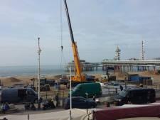 Opbouw strandtenten Scheveningen weer begonnen