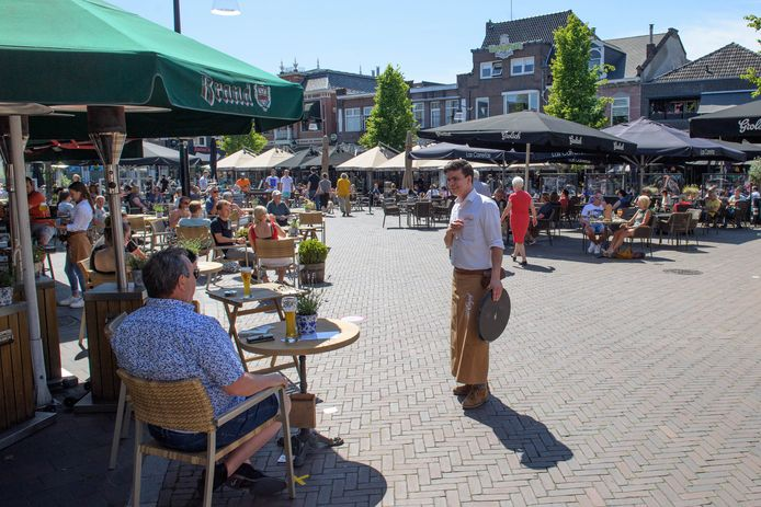 De ondernemers op de Groote Markt willen ook in de winterperiode een verruimd terras, zodat zij meer gasten kunnen ontvangen.