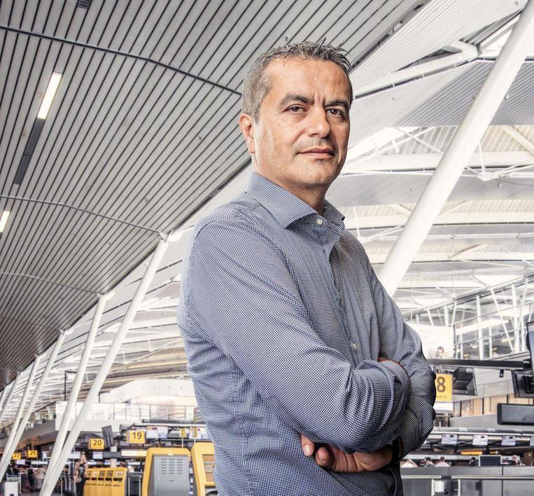 Atilay Uslu: 'Shoarma verkopen was eigenlijk moeilijker dan het verkopen van reizen' Beeld Martin Dijkstra