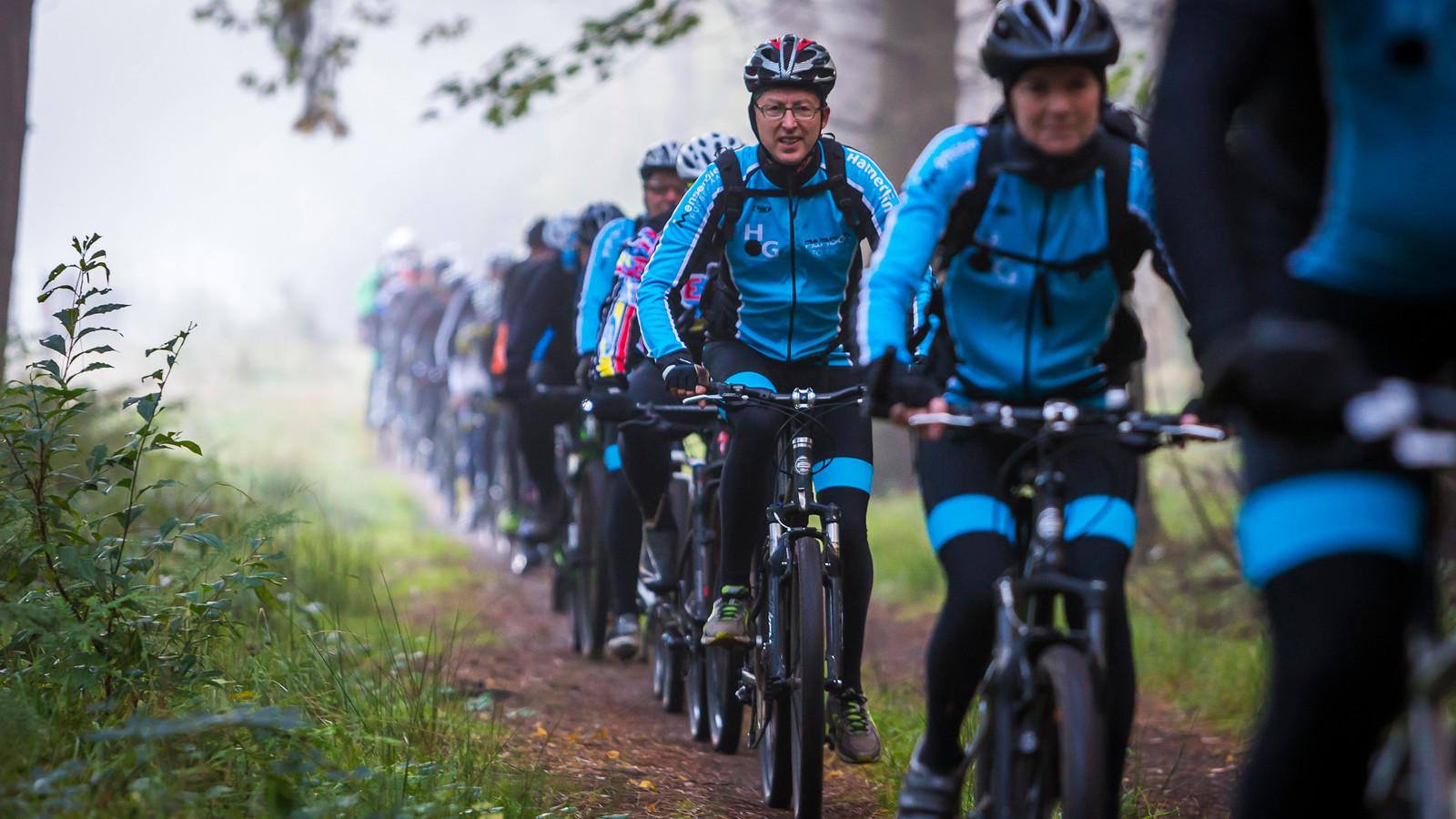 De ATB Toertocht van Zomerlust trekt jaarlijks meer dan duizend fietsers naar de bossen rond Wouwse Plantage.