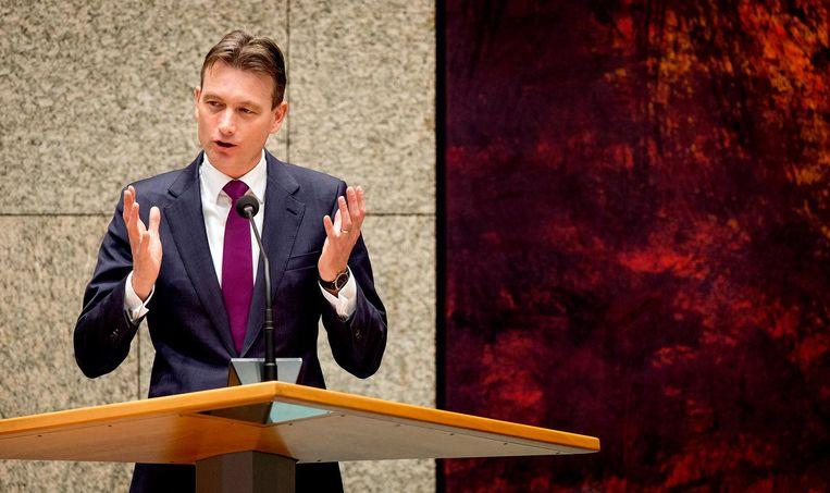 Halbe Zijlstra van de VVD houdt zijn betoog tijdens de APB. Beeld anp
