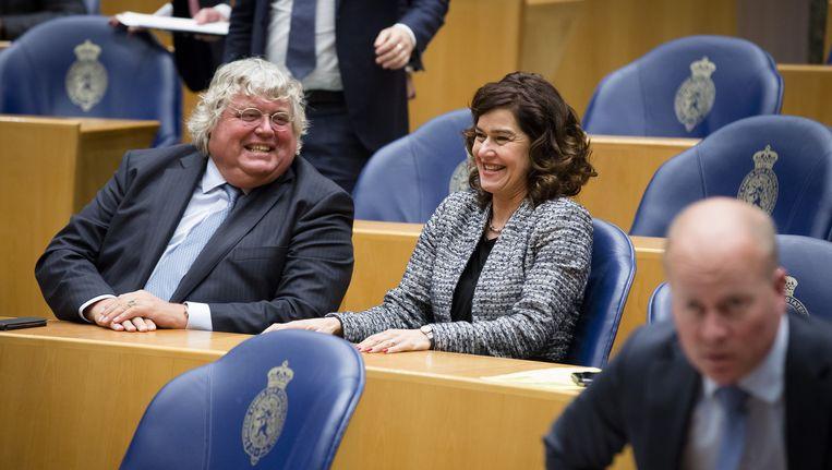 Kadidaat-kamervoorzitter Ton Elias (VVD) en VVD-kamerlid Anouchka van Miltenburg. Beeld anp