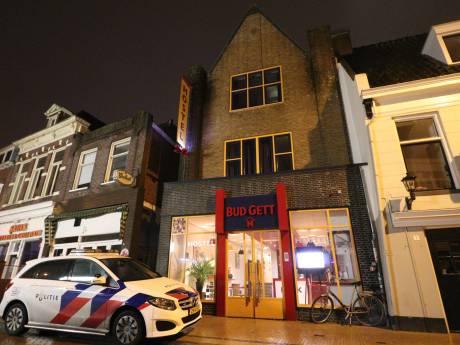 Man (43) uit Noordoostpolder nog twee weken vast na overval op hostel in Groningen