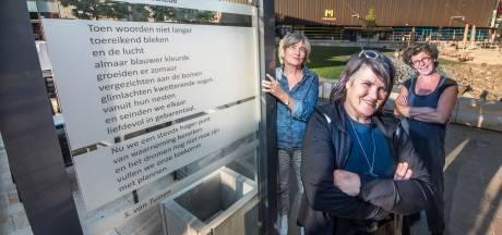 DIE-dichters willen de stad veroveren: 'Enschede moet vol met poëzie'