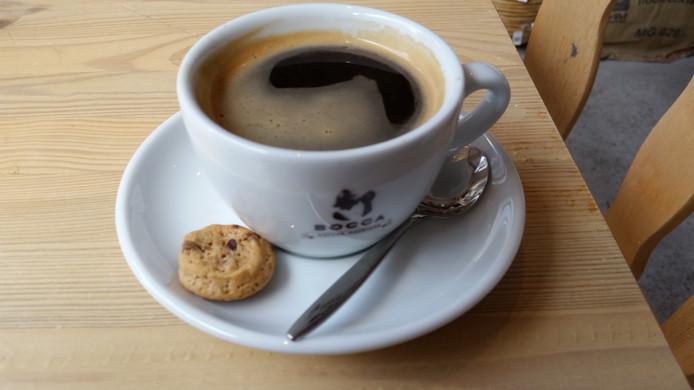 Nieuwe koffiebar in de Houtstraat.