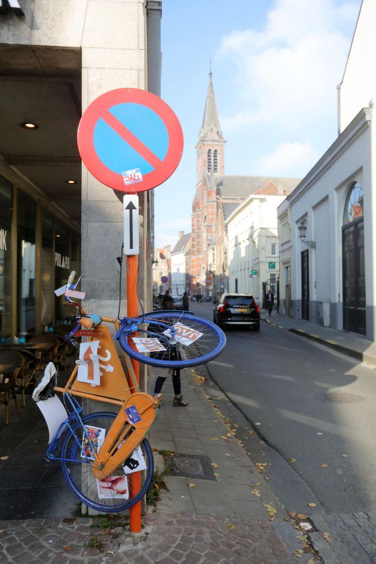 De fiets 'zwerft' door het centrum.