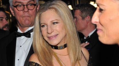 """Barbra Streisand gelooft jongens uit 'Leaving Neverland', maar verdedigt Michael: """"Ze gingen er niet aan dood"""""""