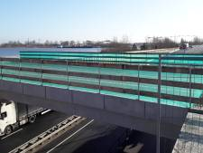 Brugliggers over N302 bij Harderwijk geplaatst