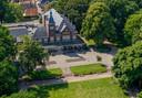 Volkspark in Rijssen, met het Parkgebouw.
