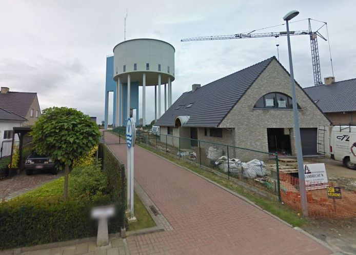 Buurtweg nr. 30 ligt in de schaduw van de Koolskampse watertoren.