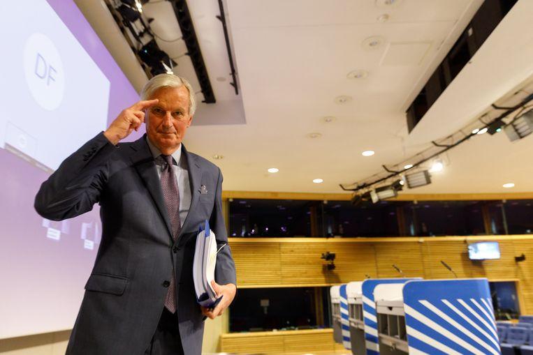 Brexit-onderhandelaar Michel Barnier werd net als de Britse premier Boris Johnson door het coronavirus geveld. Beeld EPA
