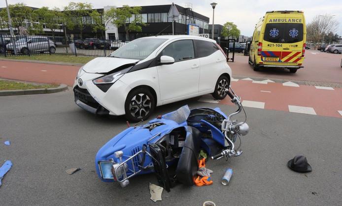 Ongeluk Rietveldenweg in Den Bosch.