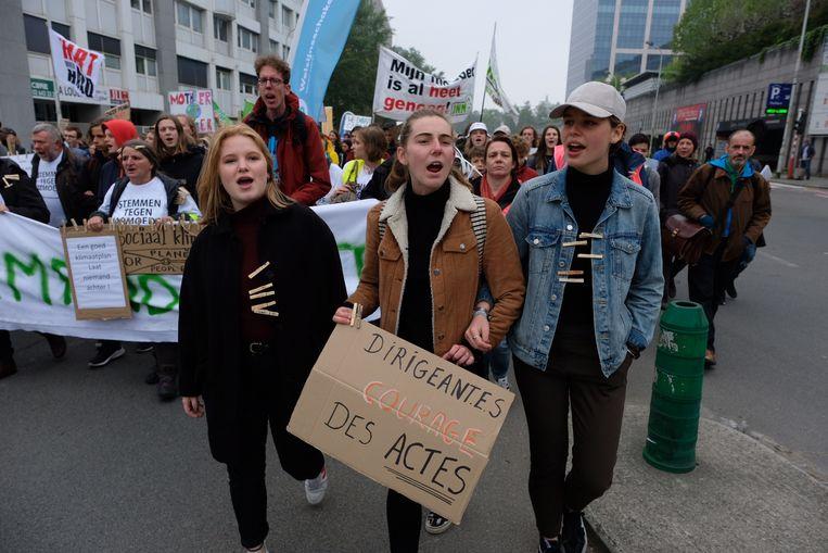 Youth for Climate-bezielsters Anuna De Wever en Kyra Gantois zijn opnieuw van de partij en leiden de betoging.