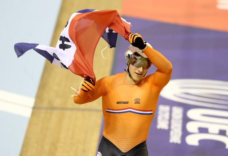 Jeffrey Hoogland won de Europese titel op de sprint bij het baanwielrennen Beeld Getty Images