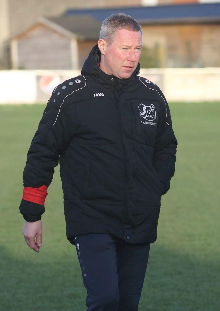 Huidig Nieuwkerketrainer Patrick Van Hoof.