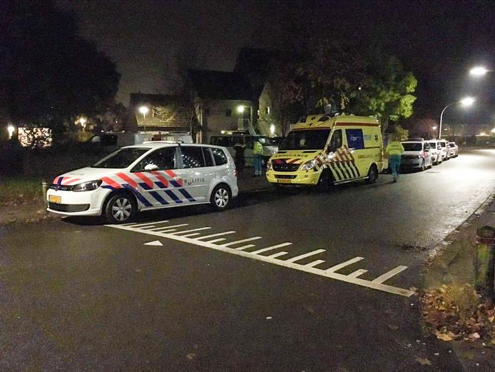 De politie is massaal uitgerukt naar de Poort in Deventer.