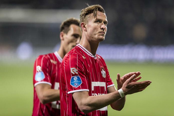 Teleurstelling na afloop bij Willem II speler Thomas Meissner.