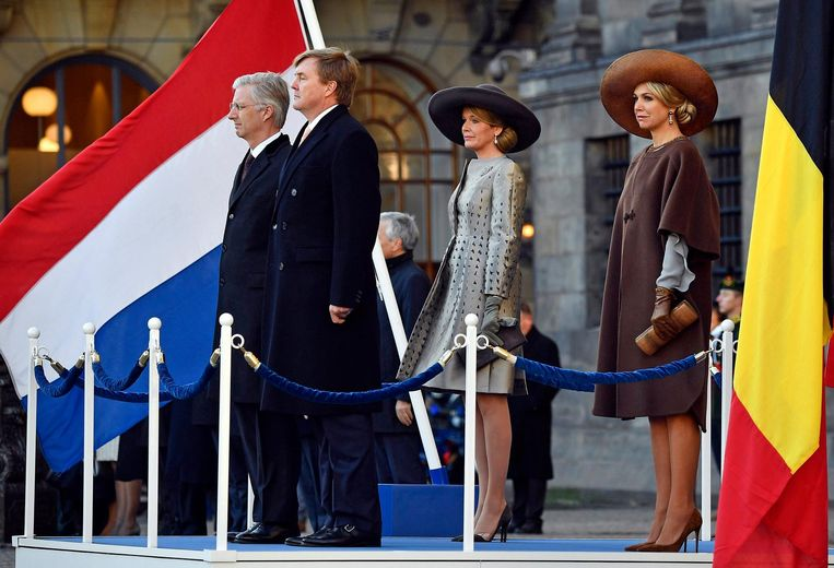 Archieffoto van het Nederlandse en Belgische koningspaar.