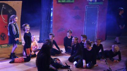 Kinderen gemeenteschool Dworp voeren eigen musical op in Destelheide