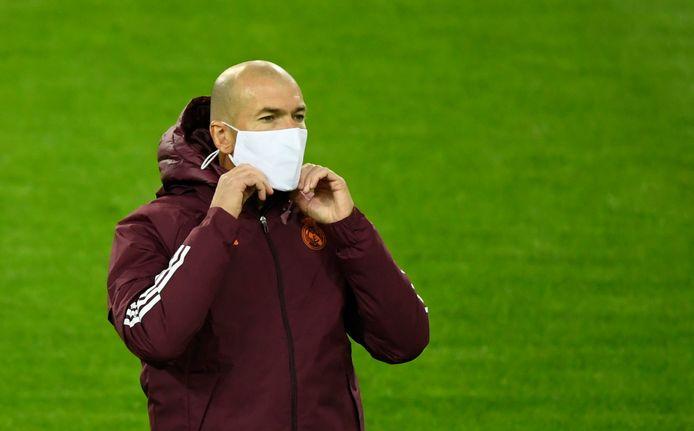 Zidane gisteravond op de training in Gladbach.