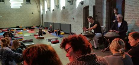 Populariteit yoga stijgt: eerste mini yogafestival in Heesch