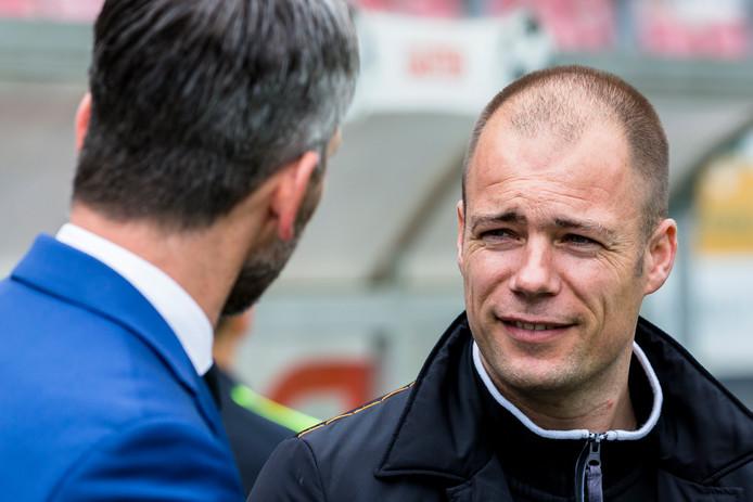 Danny Buijs en Adrie Poldervaart (l), hier tijdens Barendrecht - Kozakken Boys, staan volgend seizoen weer tegenover elkaar. Maar dan in de eredivisie.
