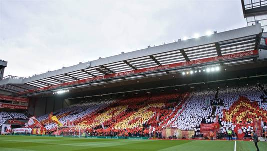 Fans van Liverpool besteedden gisteren tegen Chelsea ook al aandacht aan de dag van vandaag.