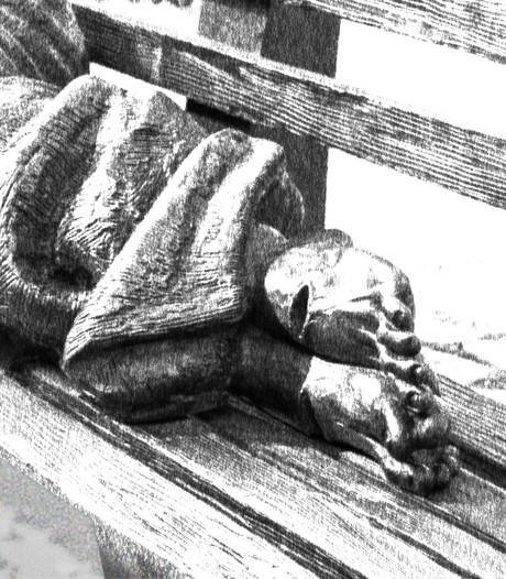 Ondergesneeuwd Christusbeeld zorgt voor verwarring in Brugge
