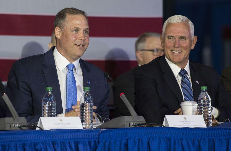 Mike Pence (rechts) vertelde tijdens een bijeenkomst van de Nationale Ruimteraad dat het nieuwe ruimtevaartcommando volgende week al in werking zal treden.