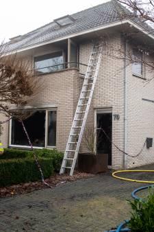 Verslagenheid in buurtje in Dedemsvaart groot na verwoestende brand in woning