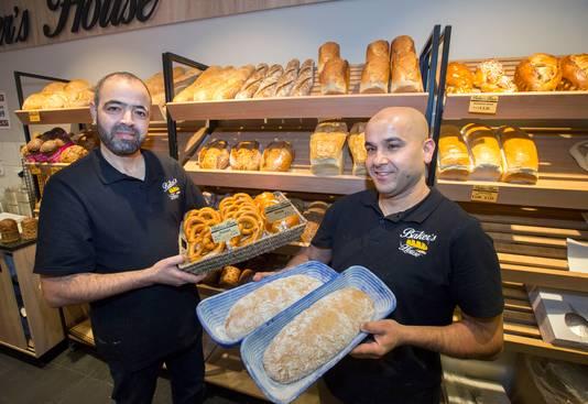 Mohamed El Allaoui en Moussa Ghait zijn een Duitse bakkerij begonnen.