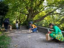 Schoonmakers rapen 1883 kilo afval van straat