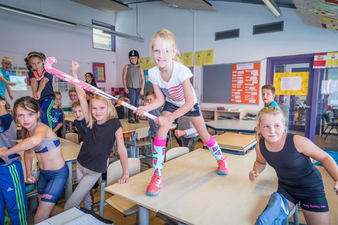 Leerlingen van Omnischool de Linden in 's-Gravenpolder mochten woensdag in sportkleding naar school komen.