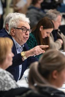 Problemen in Haagse politiek ook in buurgemeenten: 'Wij voelen ons rekwisieten in een toneelstuk'