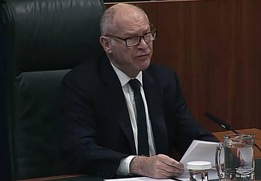 David Neuberger, de president van het Britse hooggerechtshof, doet uitspraak